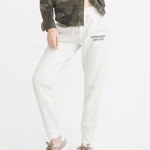 Abercrombie & Fitch Fleece Jogger